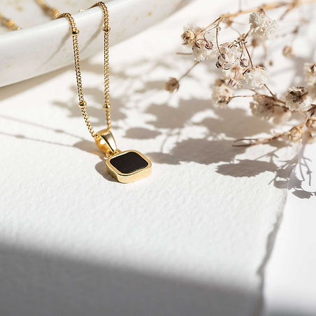 lines-and-current-jewellery-product-photography-weronika-karczewska.jpg