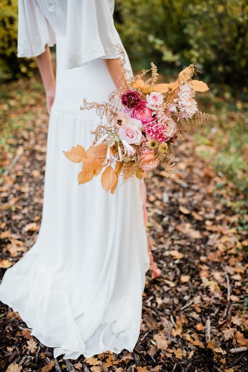 87-Elegant-Autumn-Wedding-Flowers-Decor-