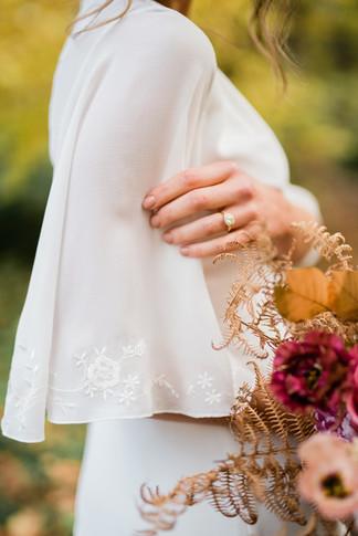 90-Elegant-Autumn-Wedding-Flowers-Decor-