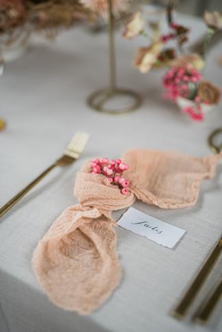 16-Elegant-Autumn-Wedding-Flowers-Decor-