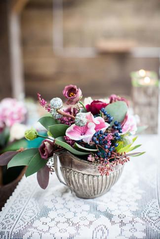 emma-norton-flowers-frances-taylor-photography-arnos-vale-styled-wedding-shoot.jpg.jpg