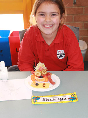 Year 4 get creative with fruit