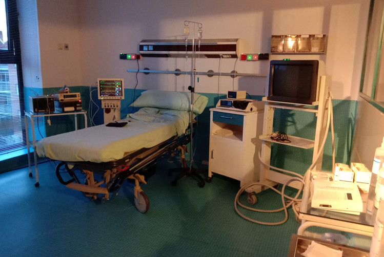 Uci atrezzo de hospitales