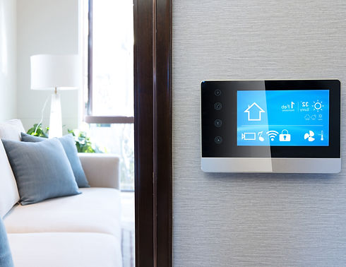 smart%20screen%20with%20smart%20home%20and%20modern%20living%20room_edited.jpg