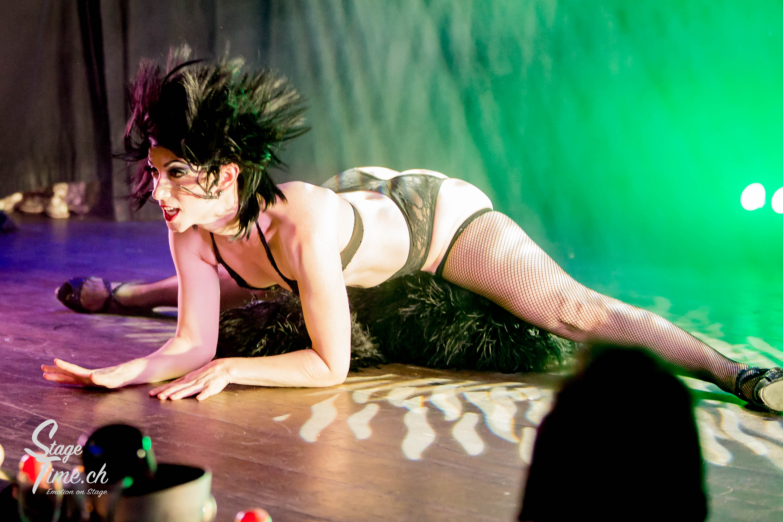 Michelle_L'amour___Zurich_Burlesque_Festival-9