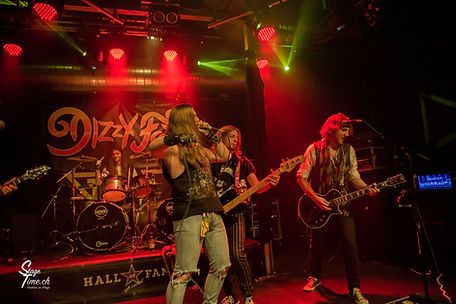 Dizzy_Fox___1st_Swiss_Glam_Rock_Fes