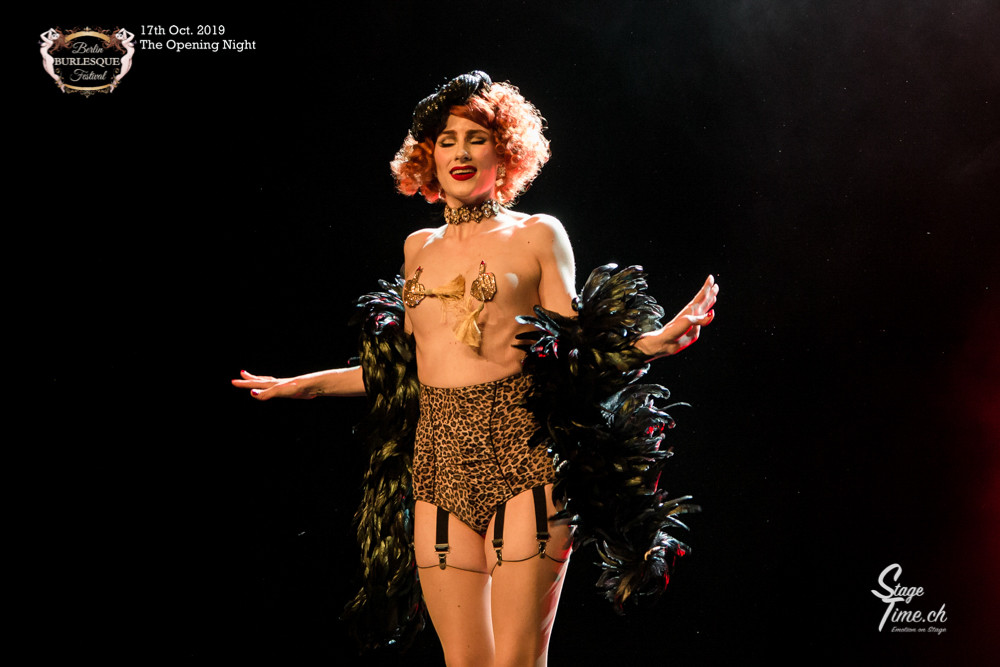 La_Rubinia_The_Opening_Night_©Stagetime-