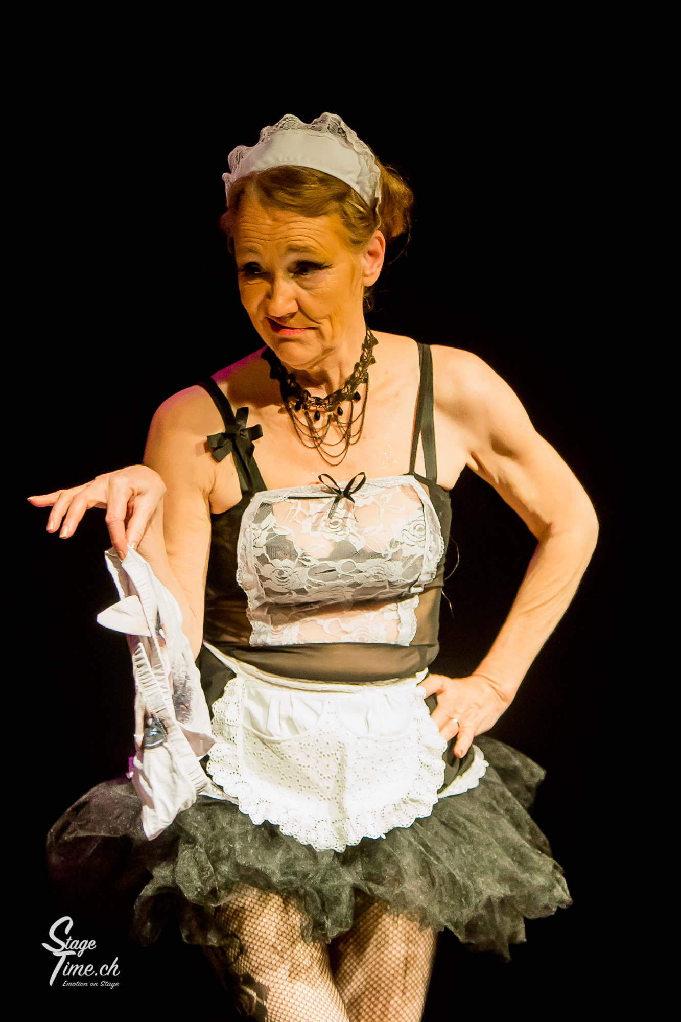 French Maid _ Burlesque_Show_au__Citrons