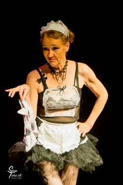 French Maid _ Burlesque_Show_au__Citrons