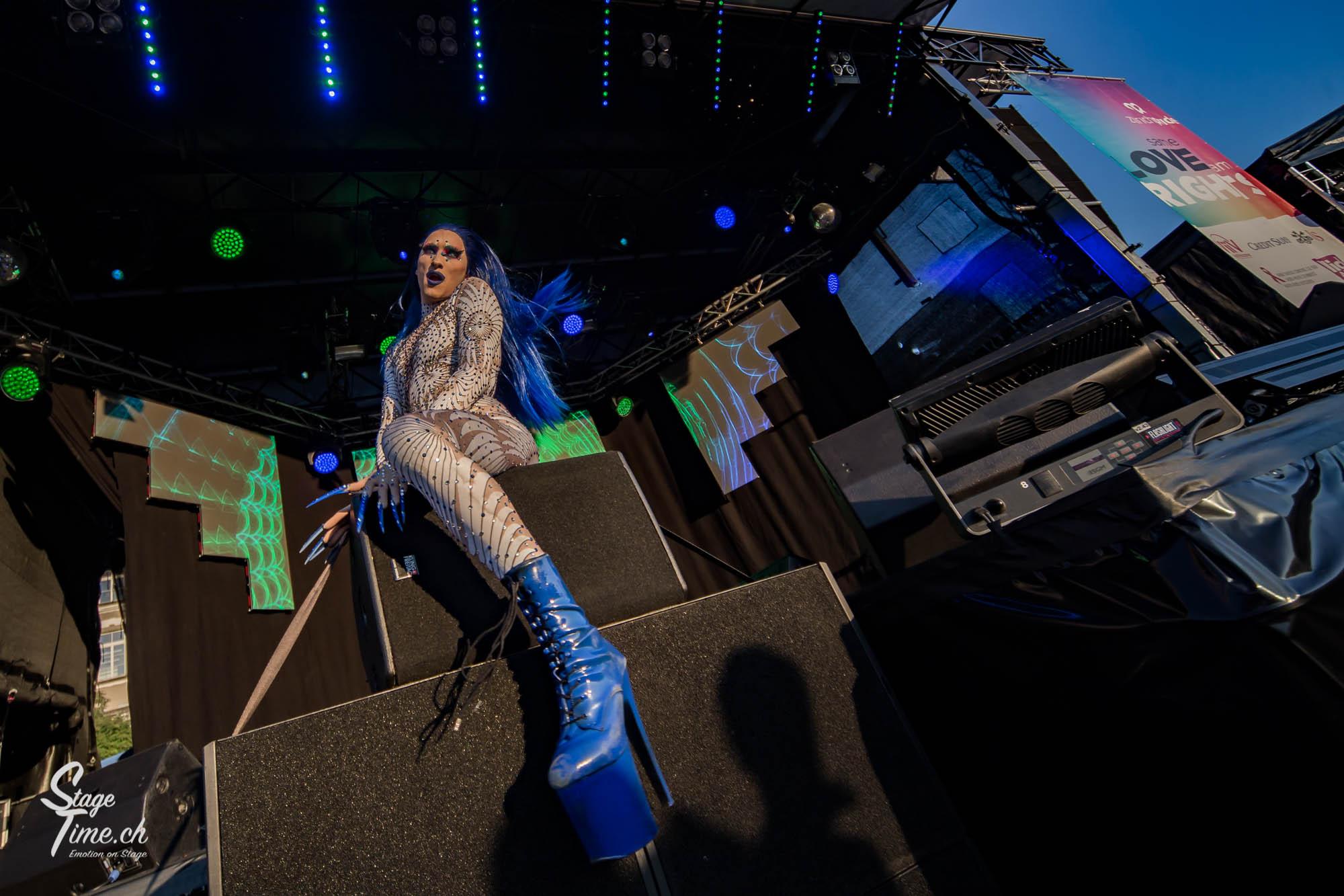 Zurich_Pride_Festival_2018___📷_Christoph_Gurtner___stagetime.ch-17