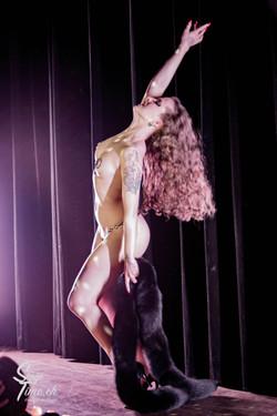 Minouche_von_Marabou_Akt_5___Zurich_Burlesque_Festival-8
