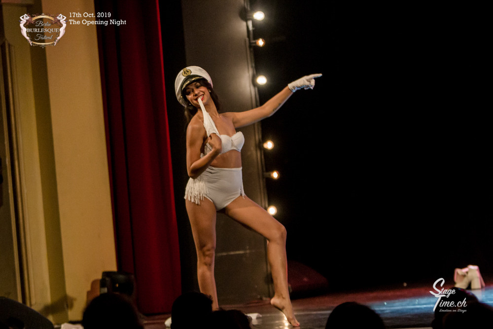 Lila_Blitz_The_Opening_Night_©Stagetime-