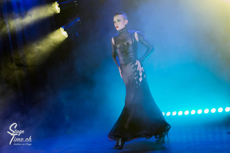 Michelle_L'amour___Zurich_Burlesque_Festival-17