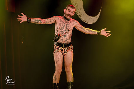 Baron of the Universe Cabaret Lune Noire