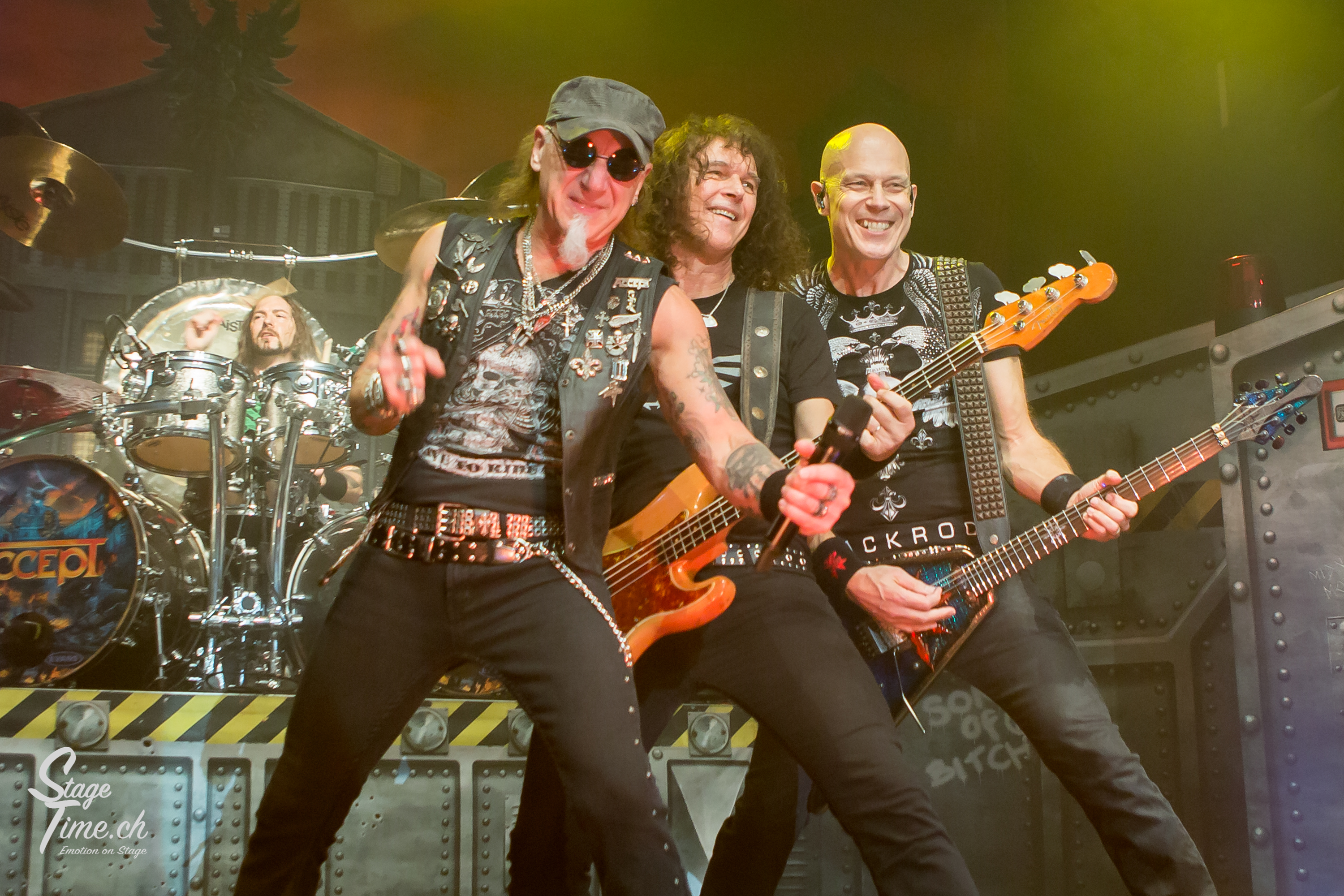 Accept_(Foto-Christoph_Gurtner-_Stagetime.ch)-13