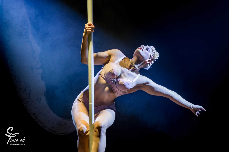 Cabaret_Lune_Noire_(Foto-_Christoph_Gurtner_-_Stagetime.ch)-47