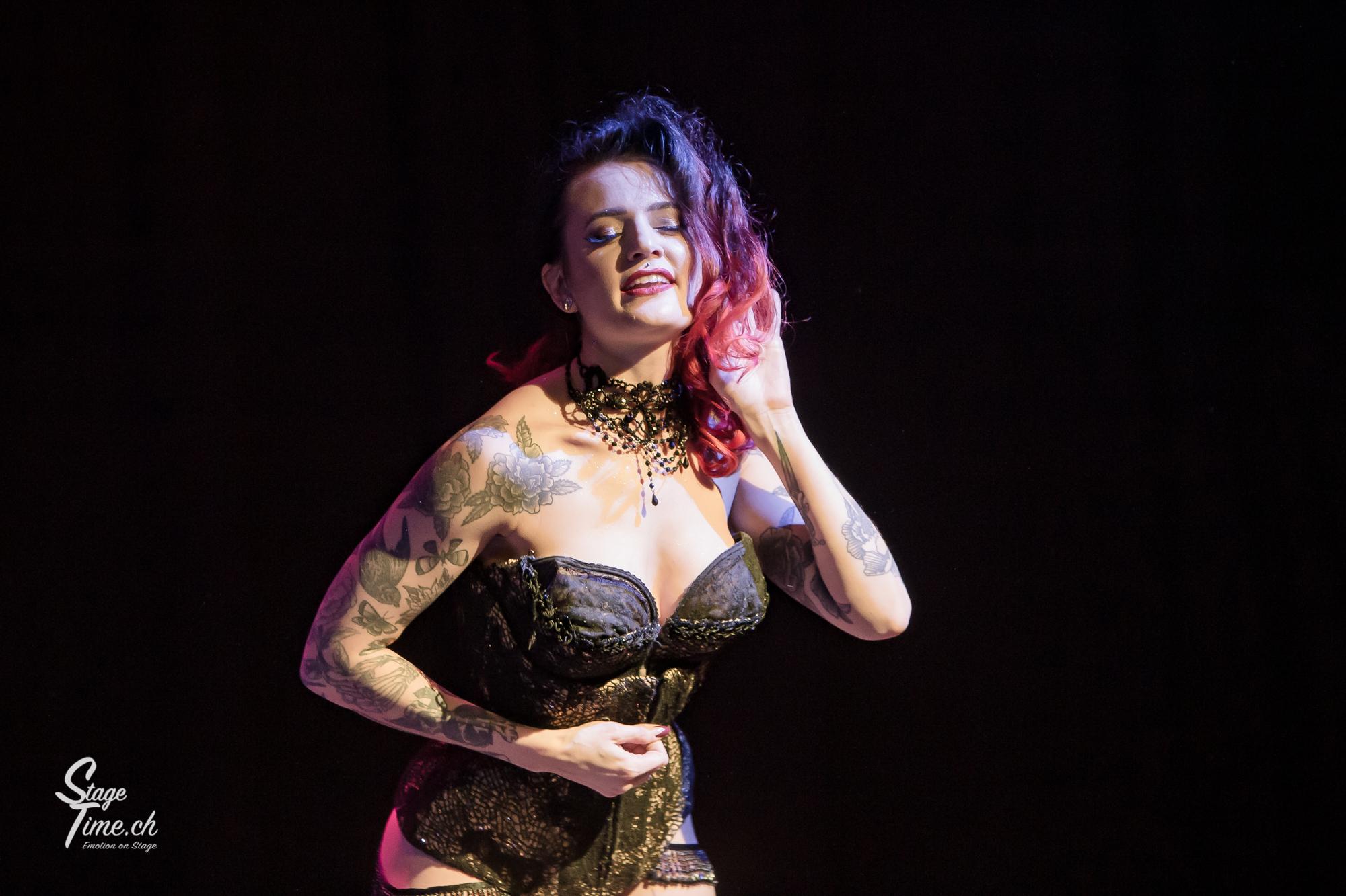 Rebelle_Bettie___Burlesque_Show_au__Citr