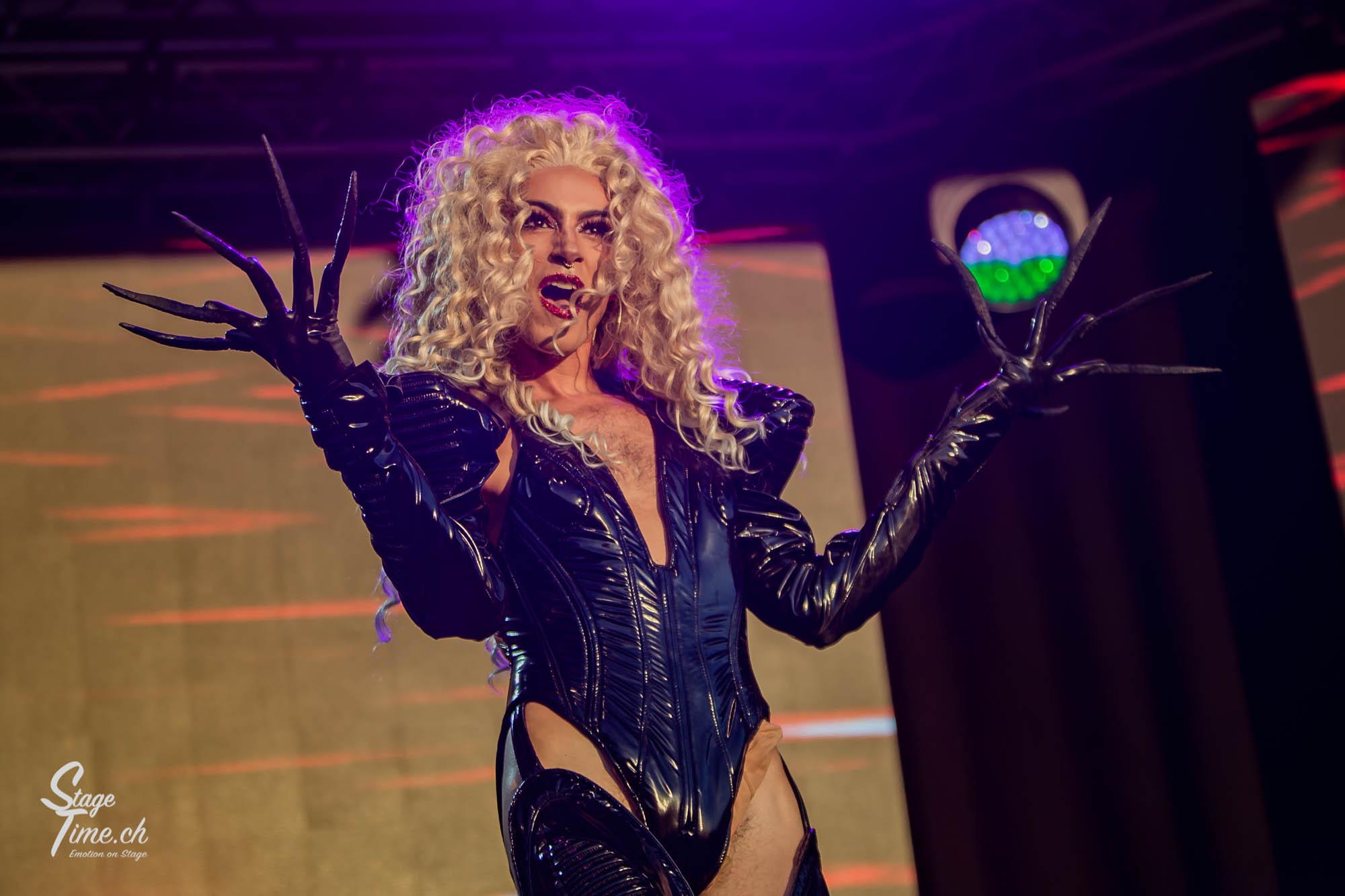 Zurich_Pride_Festival_2018___📷_Christoph_Gurtner___stagetime.ch-19
