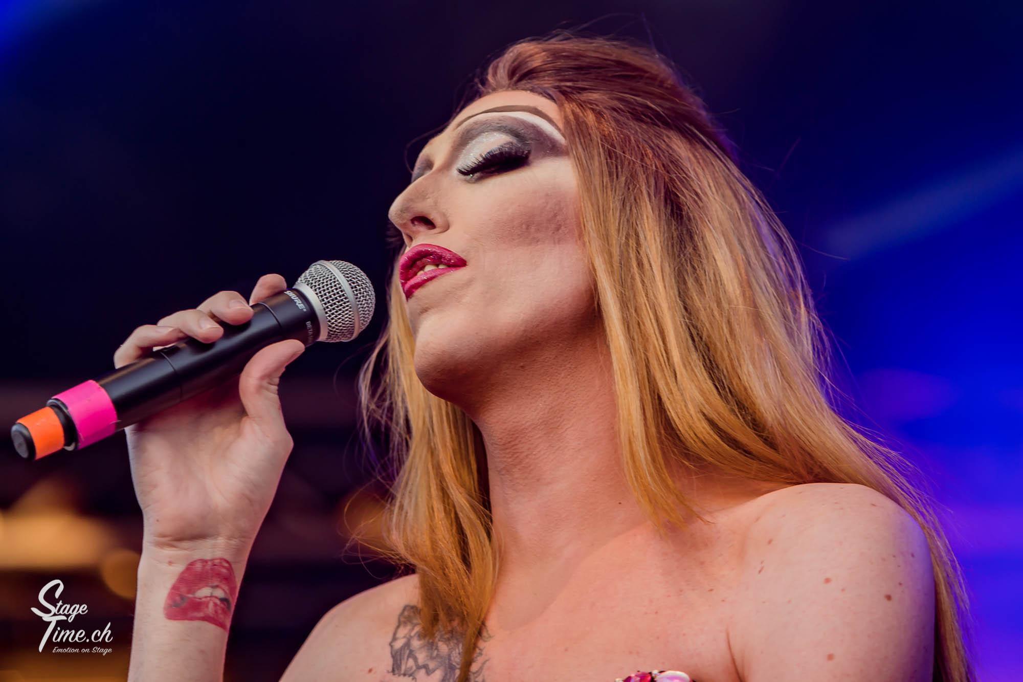 Zurich_Pride_Festival_2018___📷_Christoph_Gurtner___stagetime.ch-23