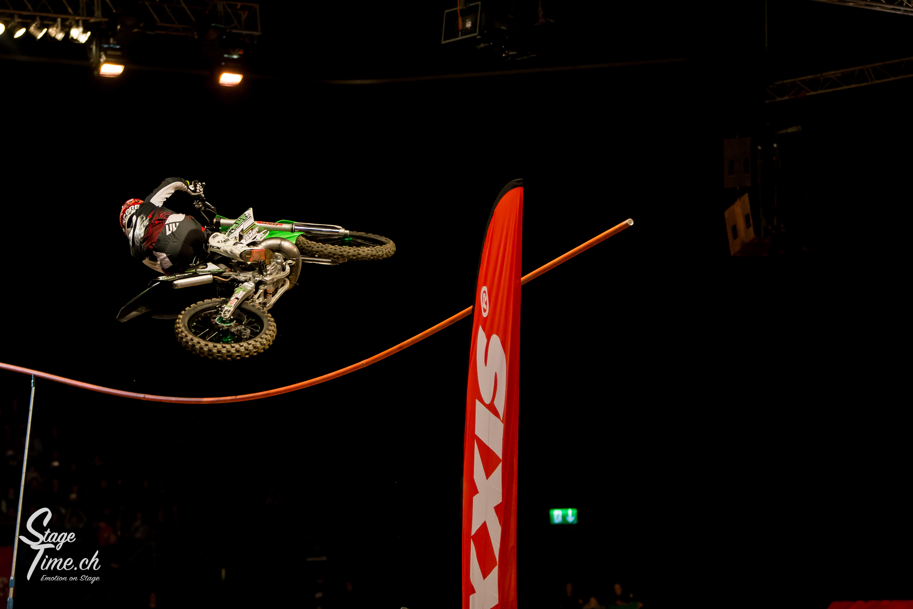 Night_of_the_Jumps_(Foto-Christoph_Gurtner-_Stagetime.ch)-77