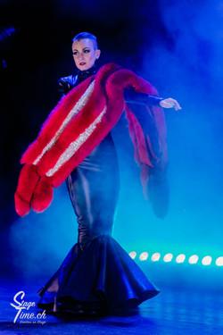 Michelle_L'amour___Zurich_Burlesque_Festival-12