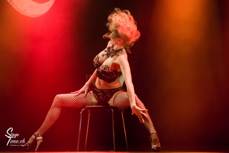 Cabaret_Lune_Noire_(Foto-_Christoph_Gurtner_-_Stagetime.ch)-26