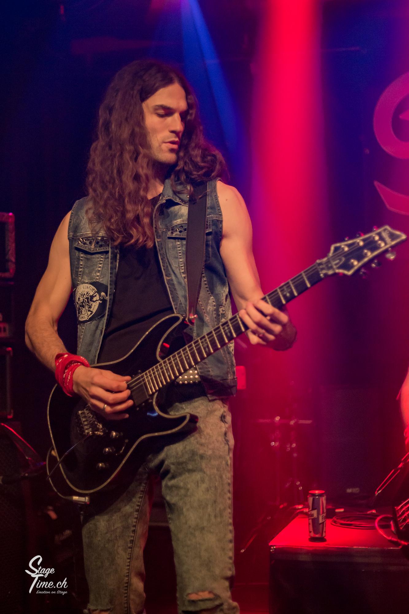 Dizzy_Fox___1st_Swiss_Glam_Rock_Fest-7