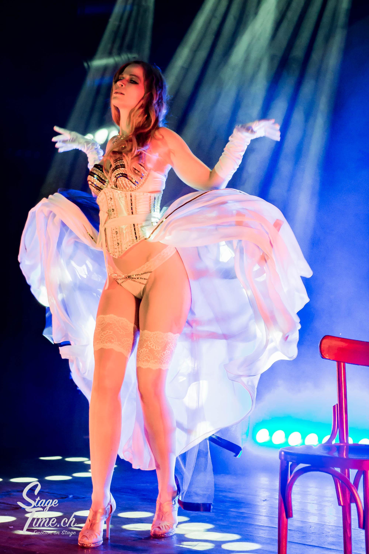Marla_Medusa__Zurich_Burlesque_Festival