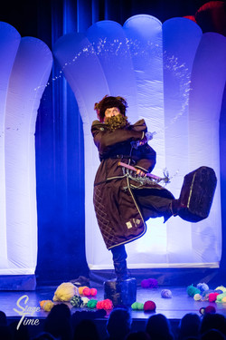 Chaos_Theater_Oropax_(Foto-Christoph_Gurtner-_Stagetime.ch)-49