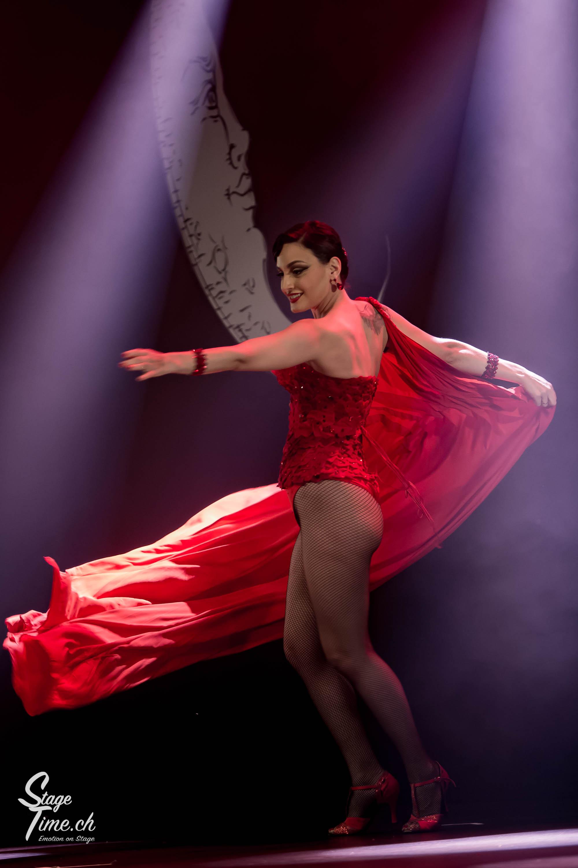 Cabaret_Lune_Noire_(Foto-_Christoph_Gurtner_-_Stagetime.ch)-40