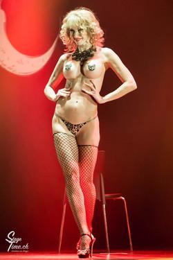 Cabaret_Lune_Noire_(Foto-_Christoph_Gurtner_-_Stagetime.ch)-27