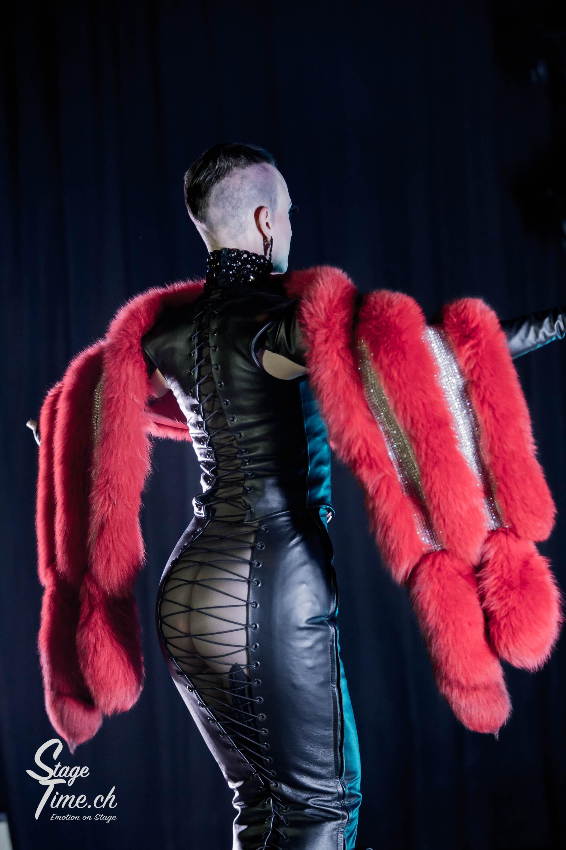 Michelle_L'amour___Zurich_Burlesque_Festival-15