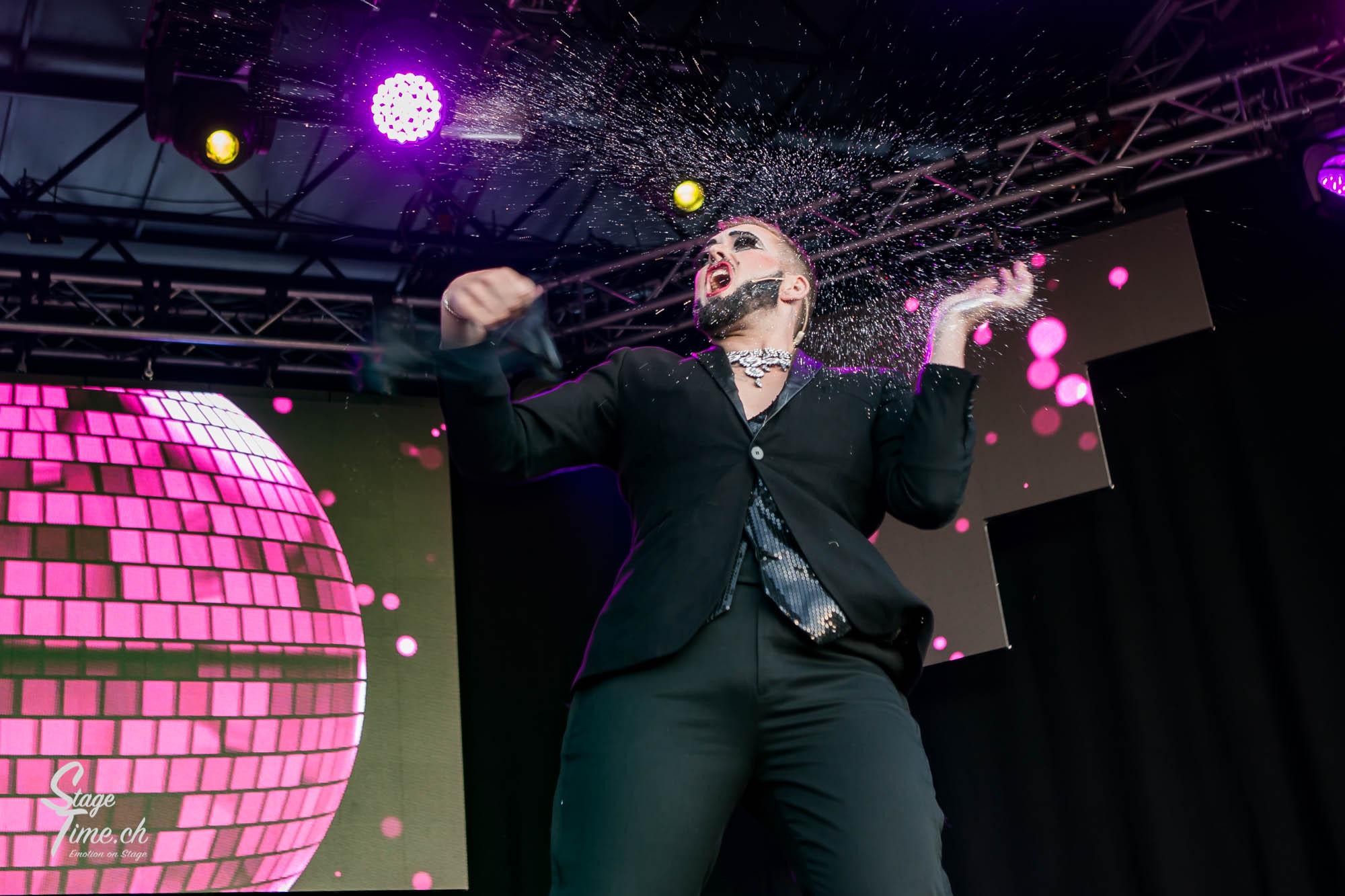 Zurich_Pride_Festival_2018___📷_Christoph_Gurtner___stagetime.ch-27