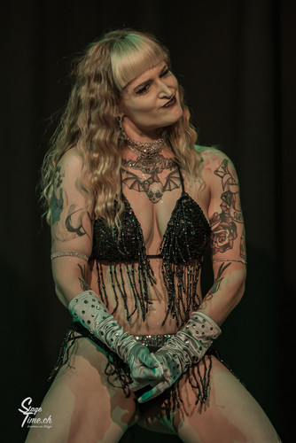 The_Miss_Suzanna__©stagetime.ch-2.jpg