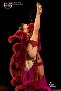 Lola_la_Tease_The_Opening_Night_©Stageti