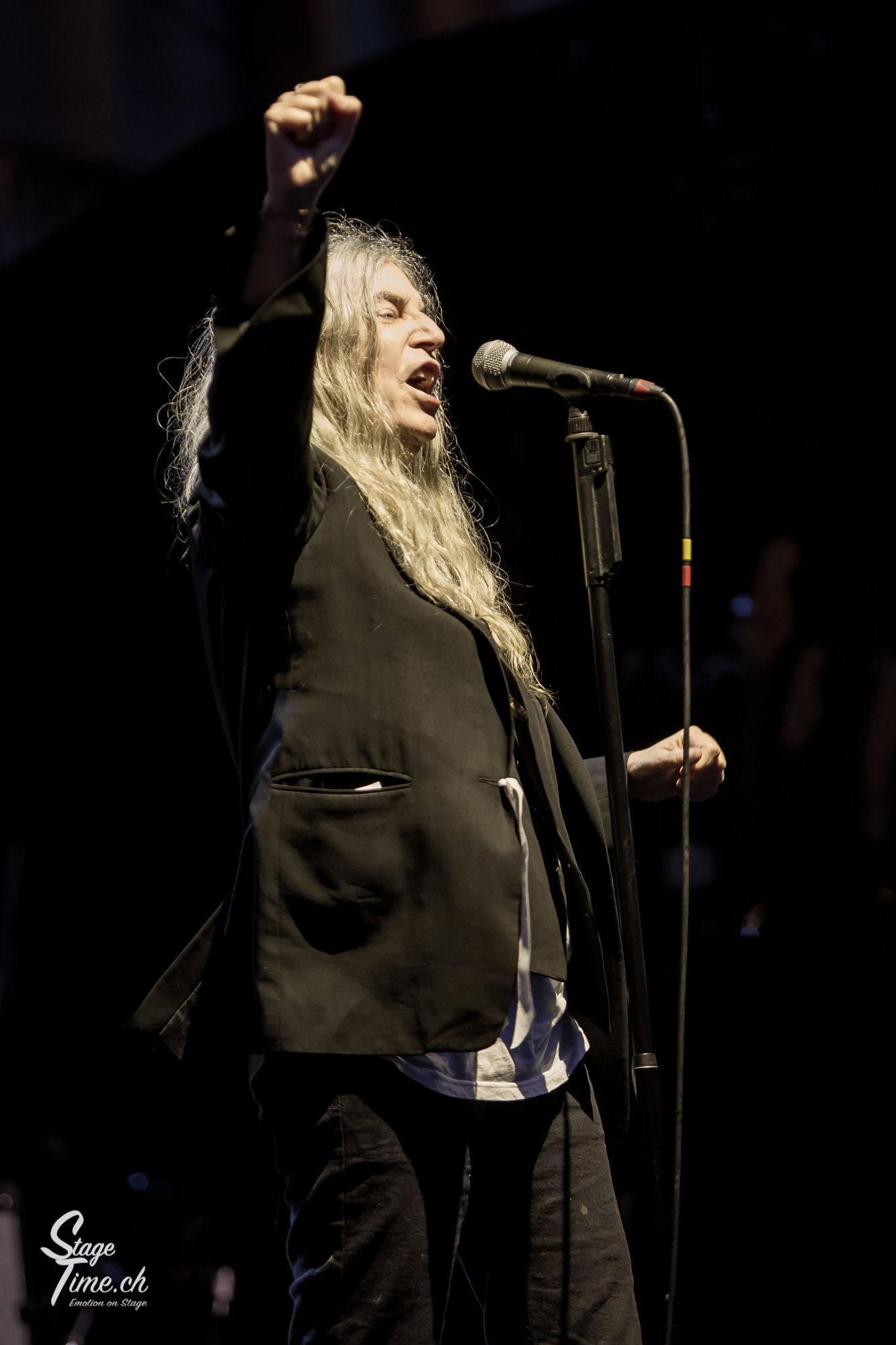 Patti_Smith___📷_Christoph_Gurtner___stagetime.ch-4