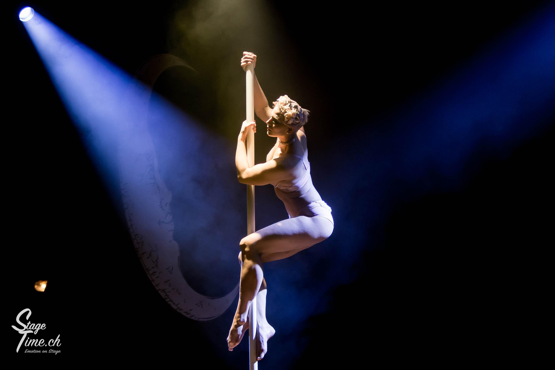 Cabaret_Lune_Noire_(Foto-_Christoph_Gurtner_-_Stagetime.ch)-49