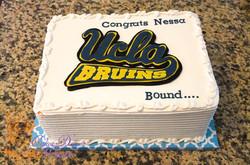 UCLA Bruins graduation cake