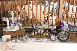 Cupcake table wedding
