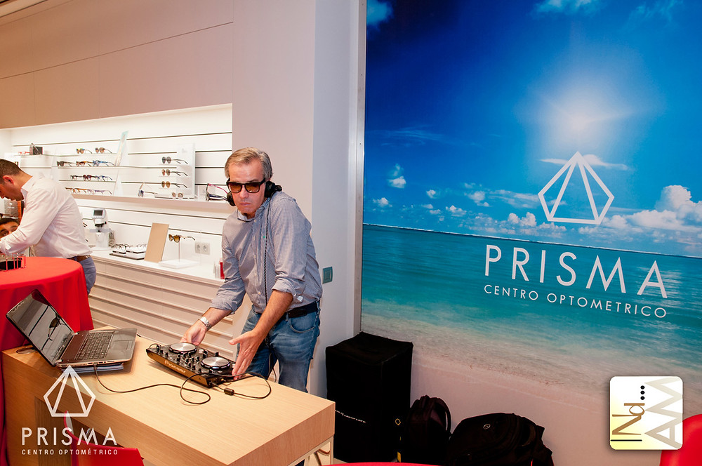 30 aniversario de óptica Prisma