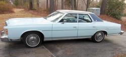 1975 Ford LTD.jpg