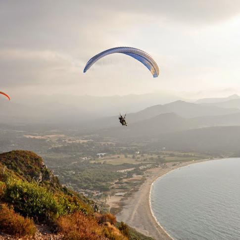 Paragliding in Lozari