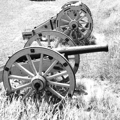 0017_AK0A0565_Canons_at_French_position_