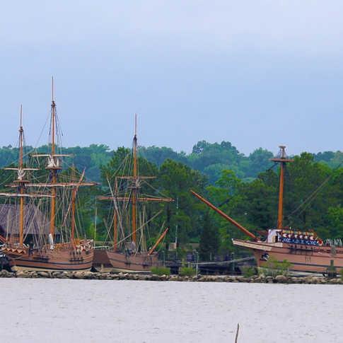 0006_AK0A0420_Ship_Replicas_Jamestown_Se