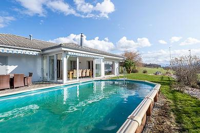 Bungalow-Einfamilienhaus mit Seesicht