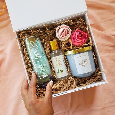 Agape-Designs-Hawaii-Bridal-Gift-Box-No-