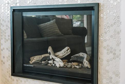 VHR102_livingroom_(30of32).jpg