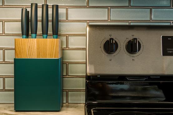 VHR102_kitchen_(8of11).jpg