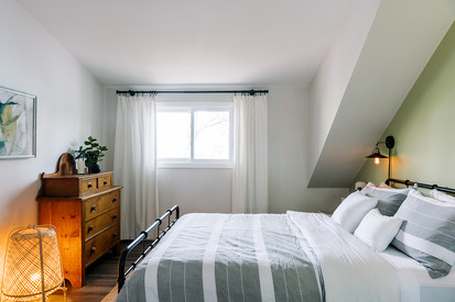 VHR102_bedroomthree_(4of6).jpg