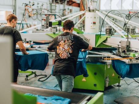 Plus de 1 million de t-shirts imprimés. Merci!